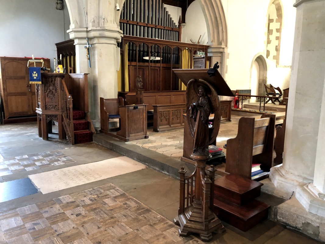 Great Chesterford chancel-800